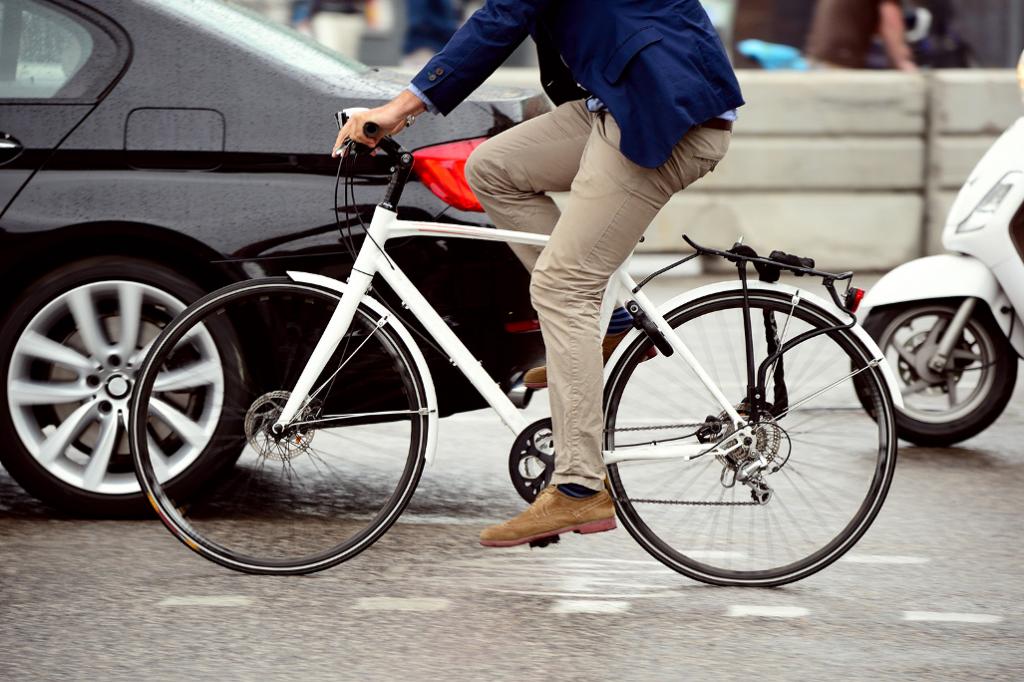mengecilkan perut dengan bersepeda