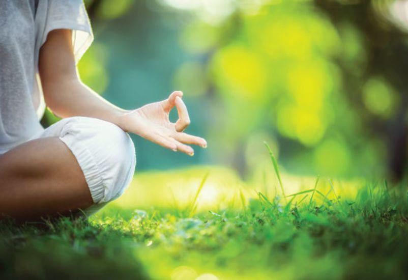 olahraga yoga yang menyehatkan