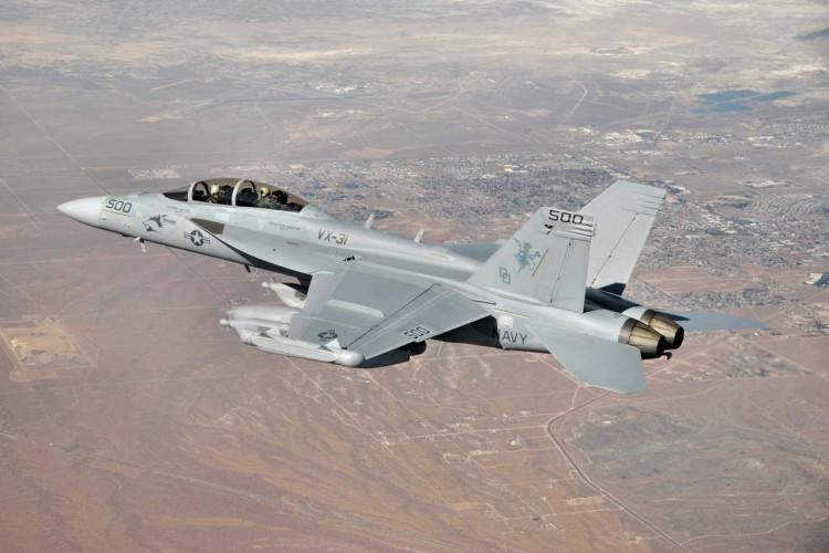 pesawat tempur Boeing EA-18G Growler